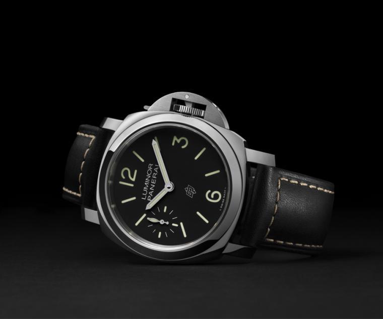 沛納海Luminor Logo腕錶。型號:PAM01084/直徑44mm AISI 316L拋光精鋼錶殼/時間指示/P.6000手上鍊機芯,動力儲存三日/防水100米