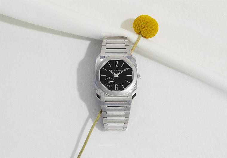 直徑40mm精鋼錶殼/時間指示/BVL 318自動上鍊機芯/藍寶石水晶鏡面、透明底蓋/防水100米